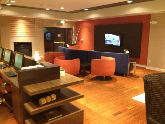 Courtyard by Marriott Novato Marin/Sonoma: Lobby