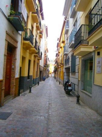 Apartamentos Centro: Street view of the building