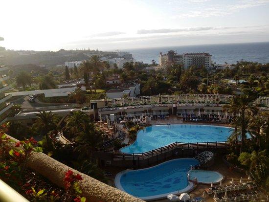 Las piscinas picture of gloria palace san agustin for Piscinas san agustin burgos