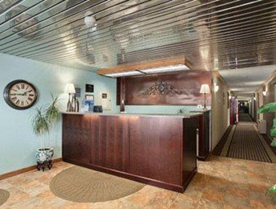 Travelodge Grand Forks : Lobby