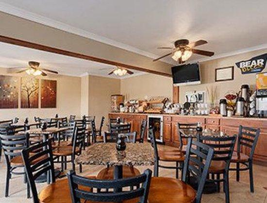 Lotus of Lompoc - A Great Hospitality Inn : Breakfast Area