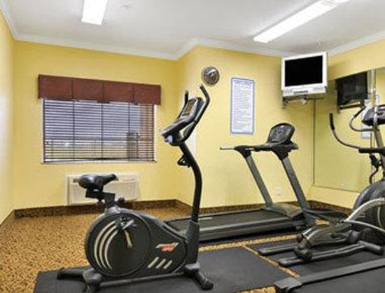 Baymont Inn & Suites : Fitness Center