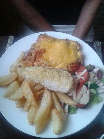 The Blue House: Beef lasagne