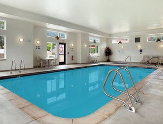 Days Inn Manitou Springs : Pool
