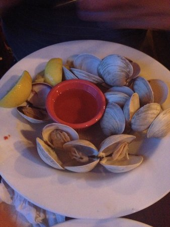 The Dock at Crayton Cove : Clams