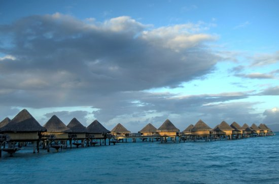 InterContinental Bora Bora Le Moana Resort: Overwater Bungalows