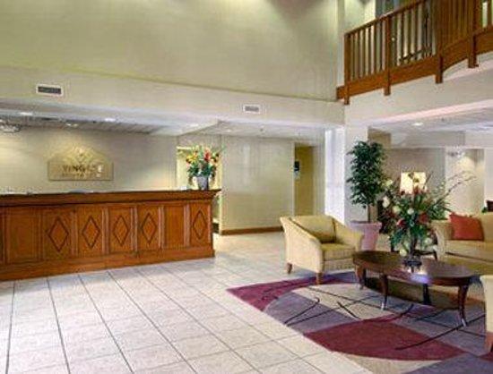 Wingate by Wyndham Albany : Lobby