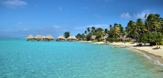 InterContinental Bora Bora Le Moana Resort : Beach and Bungalows