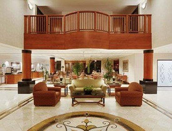 Wingate by Wyndham Atlanta/Buckhead: Lobby