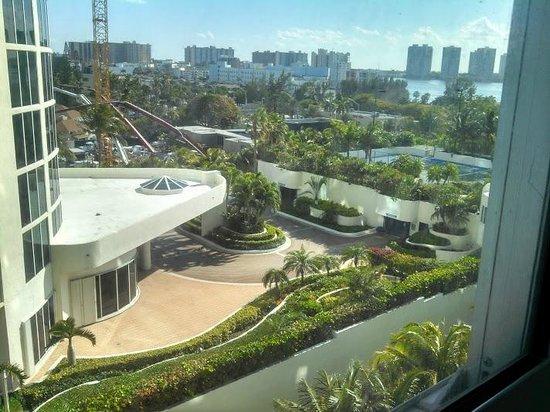 Marenas Beach Resort: View from patio