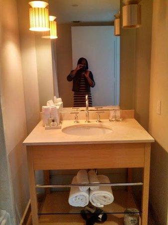 Marenas Beach Resort: Bathroom