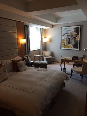 Conrad London St. James: Room club king