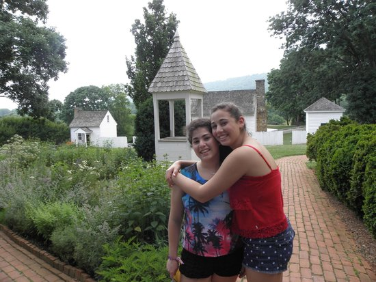 James Monroe's Highland : Pretty gardens