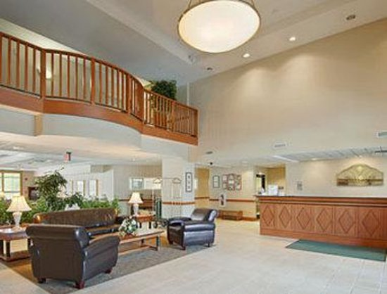Wingate by Wyndham Rock Hill / Charlotte / Metro Area: Lobby
