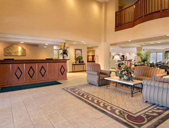 Wingate by Wyndham Atlanta Galleria Center: Lobby