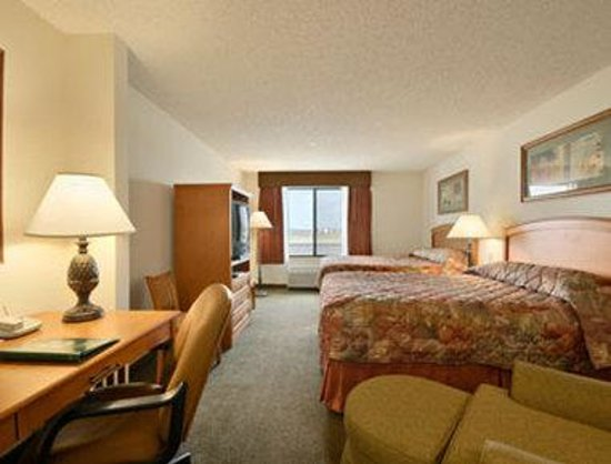 Wingate by Wyndham Bentonville Airport: Standard Two Double Bed Room