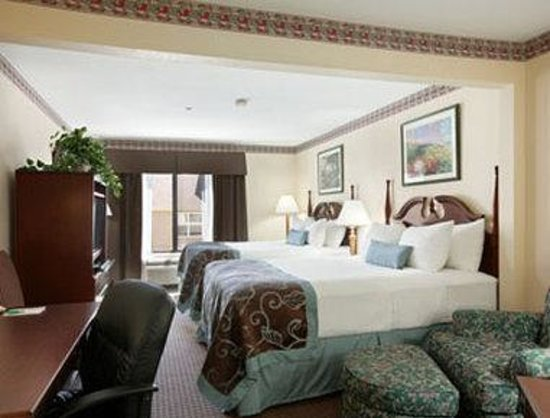 Wingate by Wyndham Indianapolis Northwest : Standard Two Queen Bedroom