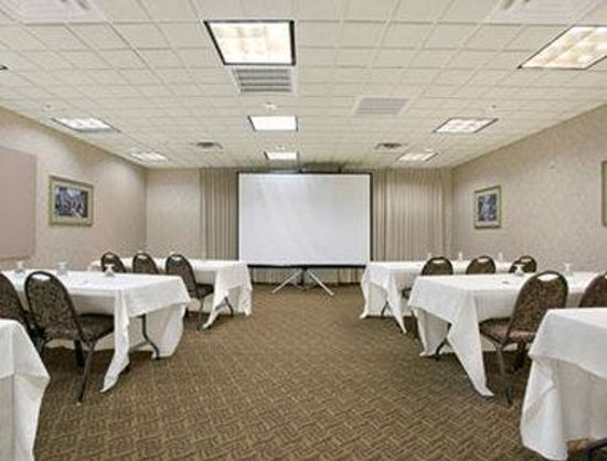 Wingate by Wyndham Green Bay/Airport : Meeting Room