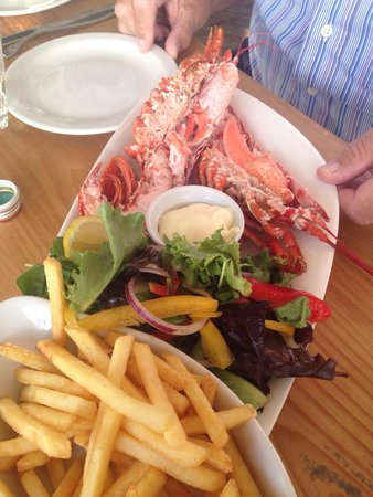 Shell Bay Seafood Restaurant: Local lobster