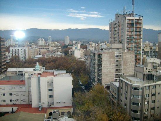 Sheraton Mendoza Hotel: Vista desde la habitación