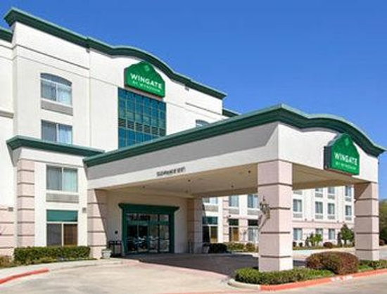 Wingate by wyndham arlington updated 2017 prices hotel for The wingate