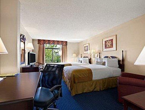 Wingate by Wyndham Augusta/Fort Gordon: Standard Two Double Bedroom