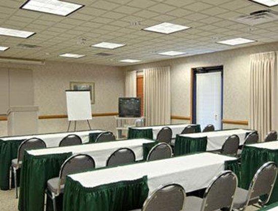 وينجيت باي ويندام - أتلانتا أت سيكس فلاجز: Board Room