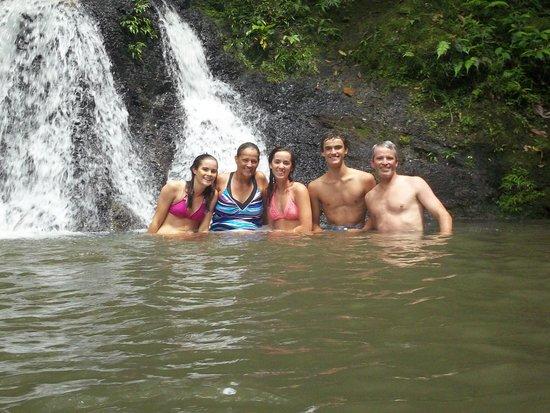 Jungle Land Panama Floating Lodge: Enjoying one of the waterfalls that we kayaked to.