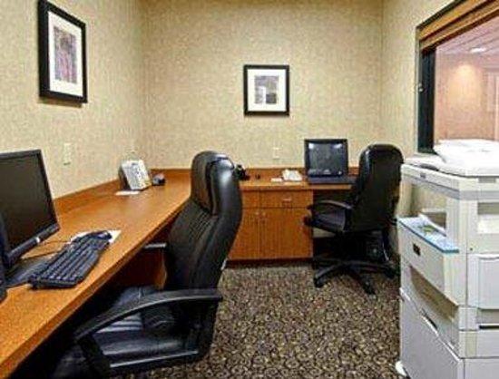 Wingate by Wyndham Destin : Business Center