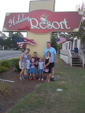 White Lake Holiday Resort: Sign at the front