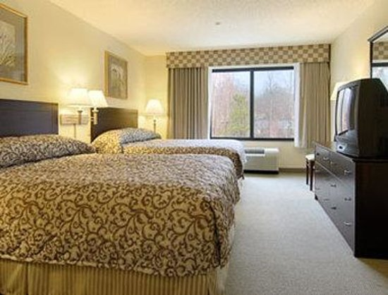 Wingate by Wyndham Tupelo : Standard Two Double Bed Room