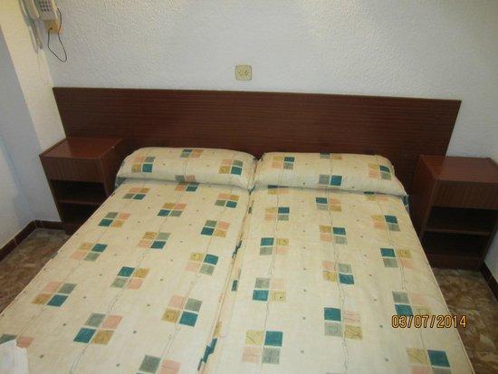 H·TOP Planamar : Кровати