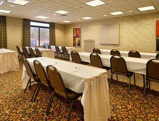 Wingate by Wyndham Tupelo: Meeting Room