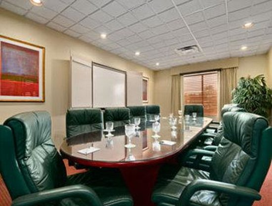 Wingate by Wyndham Tampa/At USF: Meeting Room