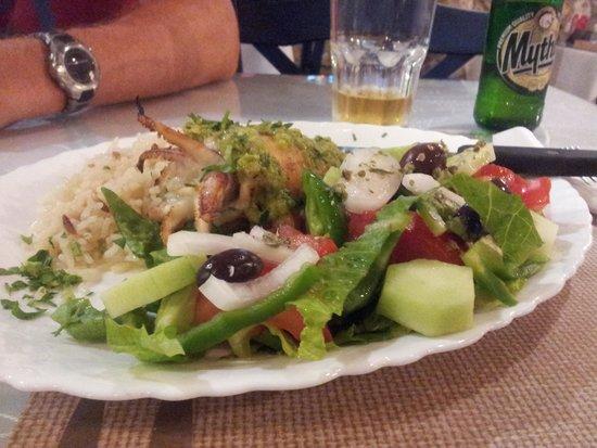 Kokkinidis Restaurant: Grillet blæksprutte