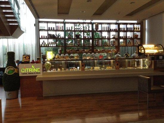Radisson Blu Hotel Pune Kharadi : Bar