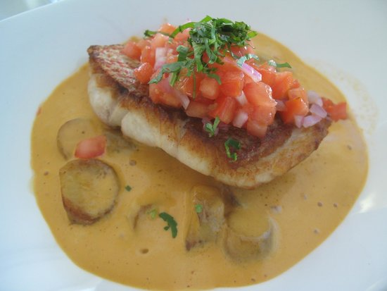 The Cracked Conch by the Sea: Seared Local Snapper