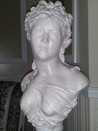 Le Septentrion B&B: There is art in every corner - no detail was overlooked