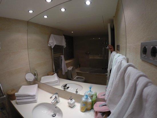 Inside Barcelona Apartments Mercat: Badrum