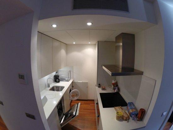 Inside Barcelona Apartments Mercat: Kök