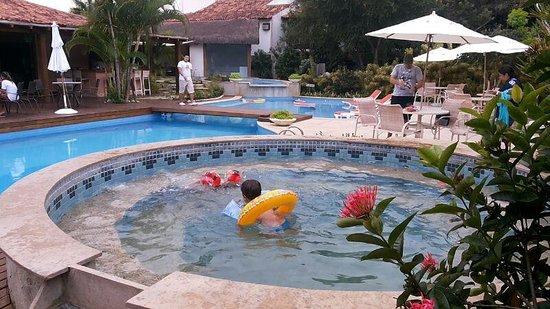 Corais e Conchas: piscina pre aquecida