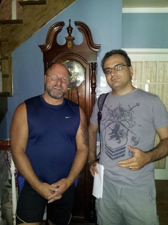 Le Septentrion B&B: Here I am with the owner of Le Septentrion; many thanks, Dany!