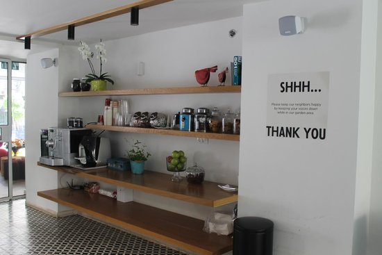 Shenkin Hotel: Coffee Area