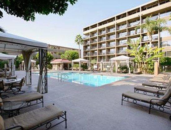 Photo of Howard Johnson Inn Fullerton Hotel And Conference Center