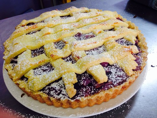 Cafe Tahbella: Mulberry Pie