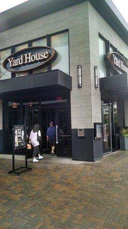 Yard House: Yardhouse