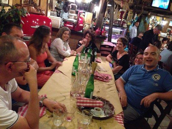 Osteria Panzini : Veronesi sazi con pancia piena