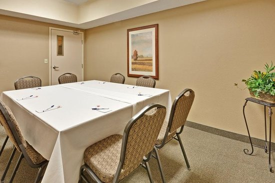 Candlewood Suites Fort Wayne: Boardroom