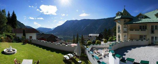 Hotel Ferienschlössl: Aussicht ins Inntal