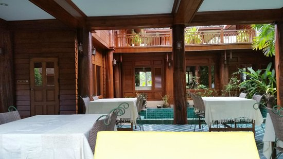 Ruen Come In: View from outside dining area